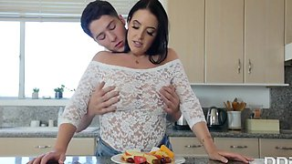 Angela White - The Hunk Crumpled In The Kitchen Big Brunette Milkings And Fucked On T