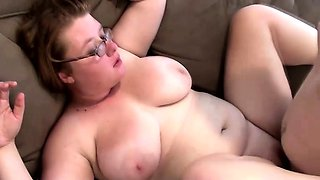 Fat housewife with glasses loves to suck cock and to get drilled hard