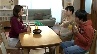 aunt seduced by nephew ayumi shinoda dvdes 825