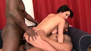 Cougar Likes Black she wants deepthroat cumshot mouth