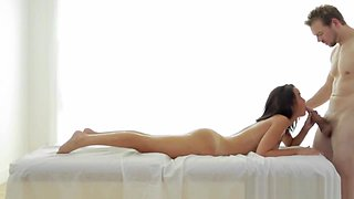 Couples massage turns to oral pleasure