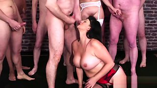 Frisky hottie gets sperm load on her face swallowing all the sperm