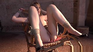 Babe gets punished with nt by maledom