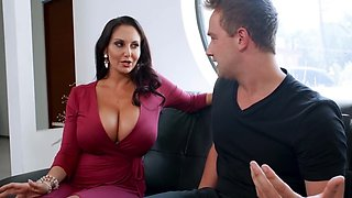 Womanizer mercilessly fucks and facializes stepmother Ava Addams