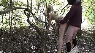 Slutwife Nikki gangbanged at a lake in July 2016