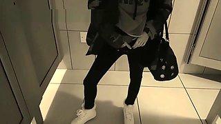 Risky public pissing at public toilet - Laura Fatalle