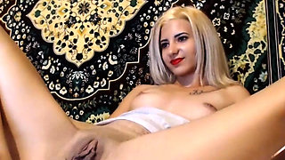 polish model gaping with gyno toys