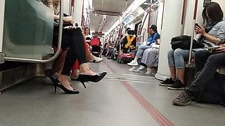 Sexy Korean feet....