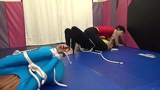 girls wrestling 2