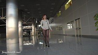 Jeny Smith transparent leggings flashing