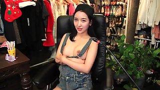 gai xinh Han Quô c cute khoe hang