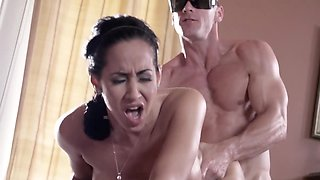 Naked cougar copulates with skillful and blind masseur