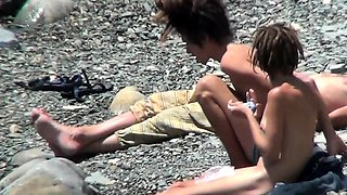Spy vids of beautiful young nudist girls naked in the sea