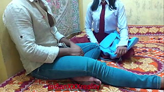 Girlfriend ko school se lekar ghar pe choda