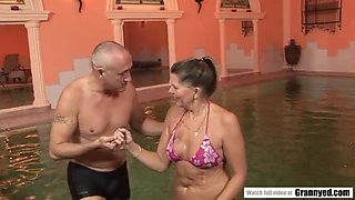 The reward of a swimming lesson is a firm cock in samantha&#039s