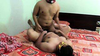 Mature Indian Bhabhi Seducing Young College Boy Full Fucking