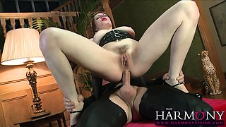 Gorgeous Paige Turnah leads her sex slave, the slender