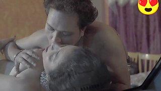 Aunty has sex with servant in car. Saree sex