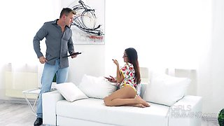 Beautiful coed stepdaughter Darcia Lee gives a rimjob to her stepdad
