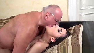 Teen ho gets fingered and rides old grandad