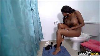 Jordy el nio polla and black bathroom
