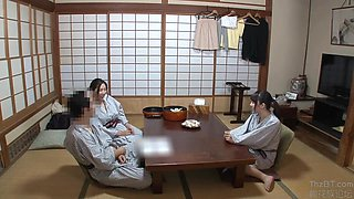 Hunta-310 (full Hd) - Mother S Hand Was Watching The Daughter' S Naked At A Hot Spring Bath And Erecting!the Reason Why I Go To The Mixed Bathing Hot Spring In The Country Country Is Because I Can See The Young Girls Naked!erect A Girl Innocently Entering