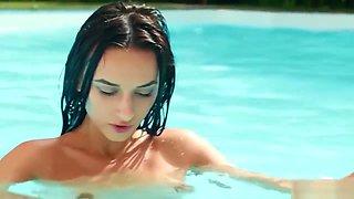 gloria sol - pool censored