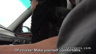 Shaved pussy teen fucks in strangers car