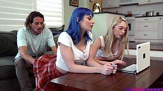 Blue-haired Bombshell Bangs Stepbro during FFM